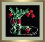 318 Тюльпаны на чёрном (Овен)