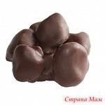 Абрикос с грецким орехом в темной шоколадной глазури(цена за 0,5кг)