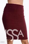 Бордовая узкая юбка до колена