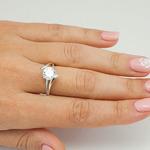 Серебряное кольцо с бесцветными фианитами - 547