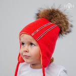 Зимняя шапка с натуральным помпоном и лентой страз