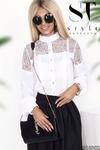 Очаровательная блузка с гипюровыми вставками на груди и рукавах