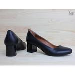 Туфли из черной кожи на низком каблуке Арт. 50-5