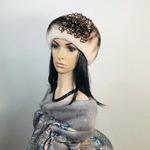 """Меховая шапка """"Берет премиум"""" цвет песок, мех мутон Подробнее: https://xn-----7kcgobxpmiohaje2czb8cyc.xn--p1ai/p365542350-mehovaya-shapka-beret.html"""