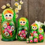 Матрёшка «Полевые цветы», зелёный платок, 7 кукольная, 20 см