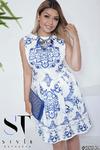 Очаровательное платье с нежным орнаментом