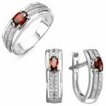 Серебряное кольцо с фианитом цвета гранат 429