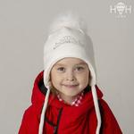 Зимняя шапка со стразами Принцесса и натуральным помпоном из песца, молочный р-р 46-58