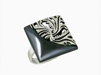 Монро Кольцо из серебра 925 пробы с нанокерамическим покрытием