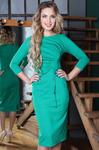 Вечернее трикотажное платье-футляр миди с драпировкой