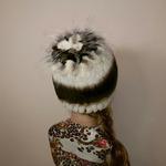 """Меховая шапка """"Хризантема"""" мех кролик, цвет бежевый с полосой. Подробнее: https://xn-----7kcgobxpmiohaje2czb8cyc.xn--p1ai/p292856073-mehovaya-shapka-hrizantema.html"""