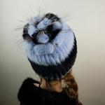 """Меховая шапка """" Ананас """" мех кролик, цвет ярчёный голубой Подробнее: https://xn-----7kcgobxpmiohaje2czb8cyc.xn--p1ai/p307896209-mehovaya-shapka-ananas.html"""