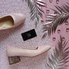 Туфли из кожи цвета пудры на блестящем низком каблуке Арт. 456-1/53Ок