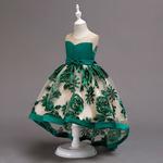 Платье нарядное на девочку с вышивкой, размер 130-140см