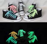 Светящиеся шнурки (флуоресцентные) для обуви.