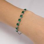 Серебряный браслет с зелеными фианитами - 652