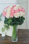 Роза малая белая