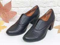Красивые и удобные туфли дерби из натуральной матовой кожи черного цвета, Т-4-06