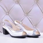 Женские комбинированные босоножки на каблуке