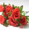 АФТОН Букет бутонов роз с листом 7 голов