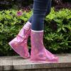 Дождевики для обуви с застежкой розовые с рисунком