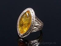Кольцо С925 с янтарем рис 16*25мм лимонный размер 20, 7,05гр Артикул:д920020156-20
