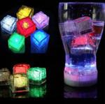Светодиодный кубик льда (1 шт)