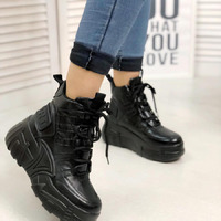 Женские ботинки 1358А черные
