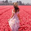 VA-1224 Девушка в тюльпанах
