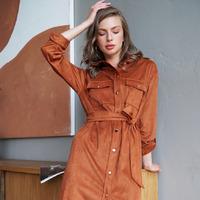 Платье-рубашка из тонкой эко-замши  Цвет: светло-коричневый  Артикул: D22.482